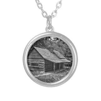 森の小屋 シルバープレートネックレス