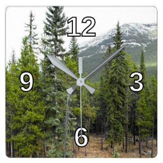 森林および山場面正方形の時計 スクエア壁時計