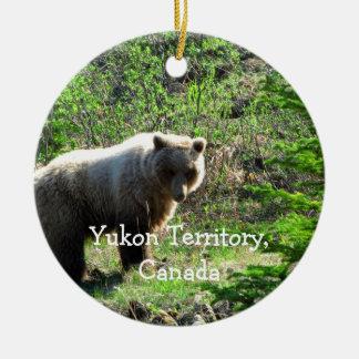 森林のハイイログマ; ユーコン準州領域の記念品 セラミックオーナメント