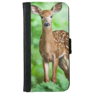 森林のベビーのシカの子鹿 iPhone 6/6S ウォレットケース