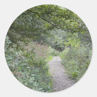 森林を通した足道 ラウンドシール