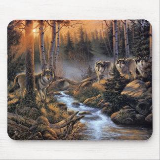 森林オオカミのマウスパッド マウスパッド