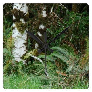 森林森草原シダのオレゴンの道の写真撮影 スクエア壁時計