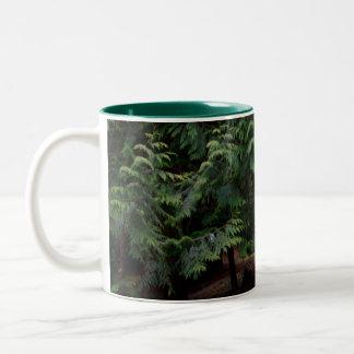 森林歩行 ツートーンマグカップ