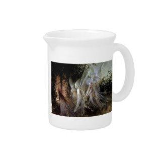 森林端で見ている妖精 ピッチャー