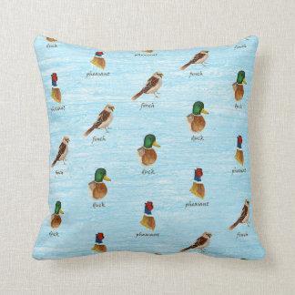 森林鳥の枕 クッション