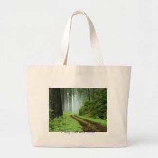 森林、滞在のカッコいいおよび平静 ラージトートバッグ