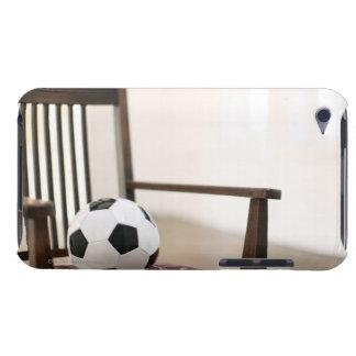 椅子のサッカーボール Case-Mate iPod TOUCH ケース
