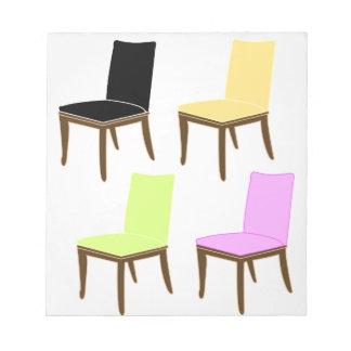 椅子の食事 ノートパッド