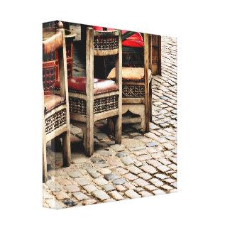 椅子及び玉石 キャンバスプリント