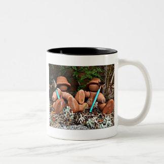 植木鉢の庭師 ツートーンマグカップ