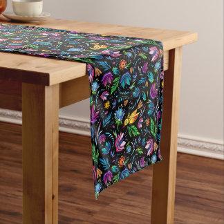 植物相および動物群のベクトル芸術のテーブルのランナー ロングテーブルランナー