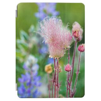 《植物》アスペン果樹園2の草原煙の野生の花 iPad AIR カバー