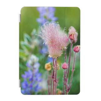 《植物》アスペン果樹園2の草原煙の野生の花 iPad MINIカバー
