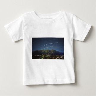 《植物》アスペンCO上の星の道 ベビーTシャツ
