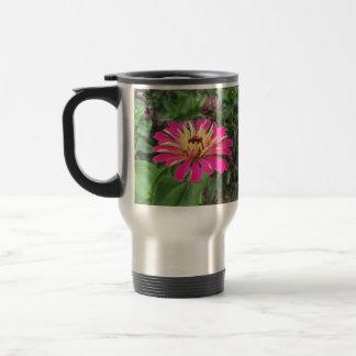 《植物》百日草-鮮やかなピンクおよびクリーム色- トラベルマグ