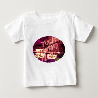 楕円形の写真フレーム ベビーTシャツ