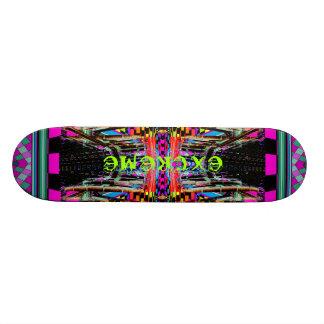 極度なデザインのスケートボードCricketDiane Geometrix スケートボード
