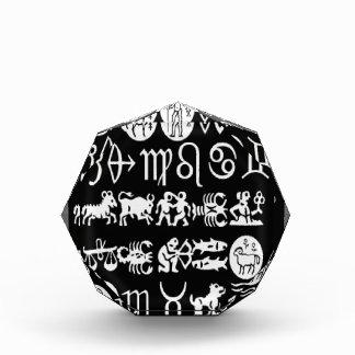 楽しむなだけ(占星術の)十二宮図の記号の表示芸術的なおもしろい 表彰盾