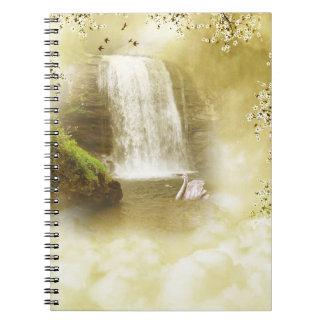 楽園の滝のノート ノートブック
