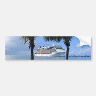 楽園への有名人のシルエットの巡航 バンパーステッカー