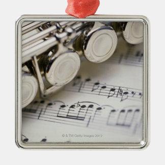 楽譜のフルート メタルオーナメント