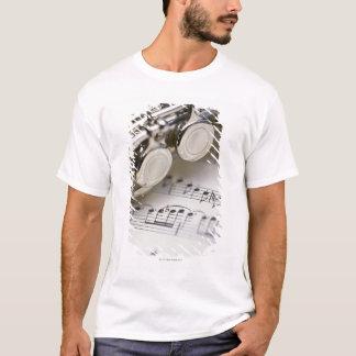 楽譜のフルート Tシャツ