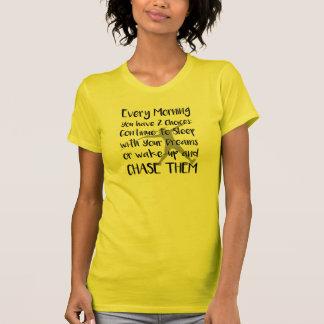 槍投げによってはトラック分野のワイシャツが夢を見ます Tシャツ