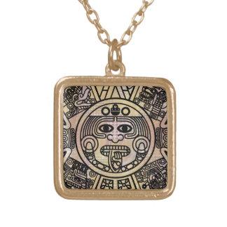 様式化された古代アステカなマヤの2012は予言します ゴールドプレートネックレス