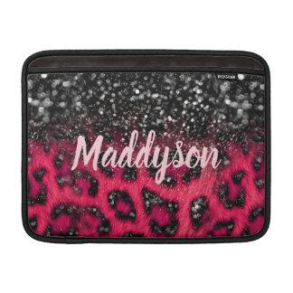 模造のなピンクの黒いグリッターのヒョウは10代のな女の子に斑点を付けます MacBook スリーブ
