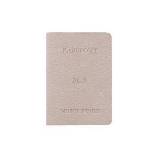 模造のな花嫁の赤面のレザールックのパスポートのホールダー パスポートカバー