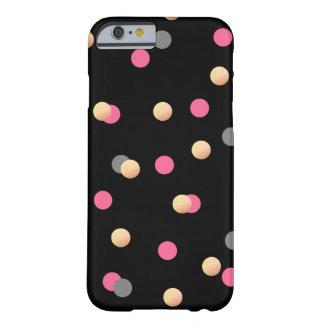 模造のな金ゴールドホイルのピンクの灰色の紙吹雪のドット・パターン BARELY THERE iPhone 6 ケース