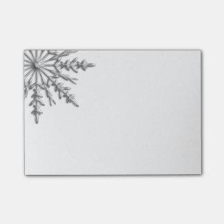 模造のな銀製の金属冬の雪片 ポストイット