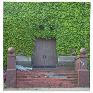 横のメリー牧師館のドア ナプキンクロス
