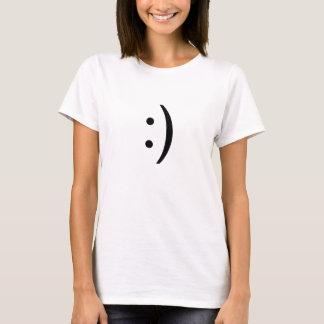 横の文字のスマイリー Tシャツ