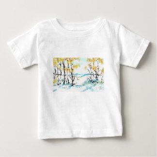 樺の木およびバニー ベビーTシャツ