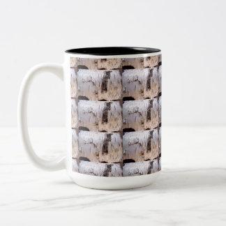 樺の木吠え声のマグ ツートーンマグカップ
