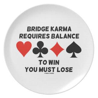 橋カルマはバランスが失わなければなりません勝つように要求します プレート