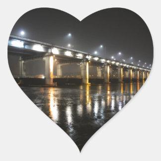 橋、雨、ソウル ハートシール