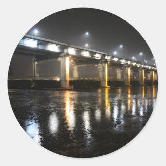 橋、雨、ソウル ラウンドシール
