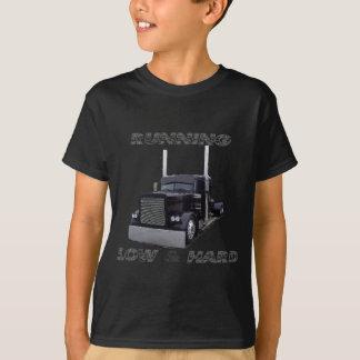 欠乏の& 懸命 Tシャツ