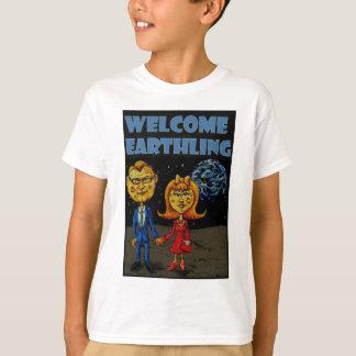 歓迎された人類 Tシャツ