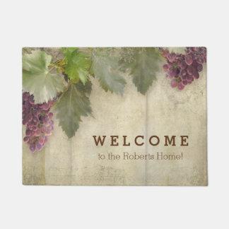歓迎された名前入りでエレガントで素朴なブドウ園のワイン ドアマット