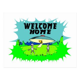 歓迎された家のエイリアン ポストカード