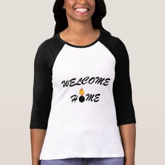 歓迎された家の弾薬 Tシャツ