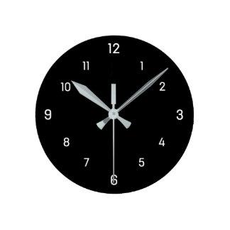 正方形は白いダイヤルが付いている柱時計に単に電話をかけます ラウンド壁時計
