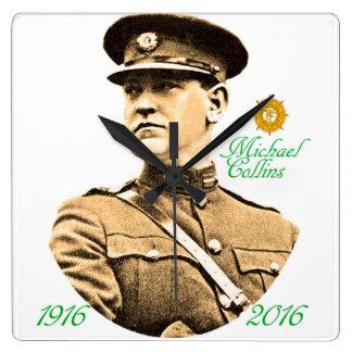 正方形壁時計のためのアイルランドの英雄のイメージ スクエア壁時計