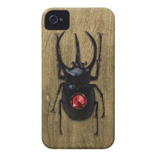 武士のカブトムシおよびルビーの宝石 Case-Mate iPhone 4 ケース