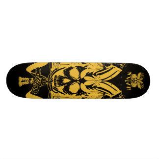 武士のスカルの金ゴールドの黒色 スケートボード