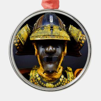 武士のスーツのヘルメット胸プレートの古い古代 メタルオーナメント